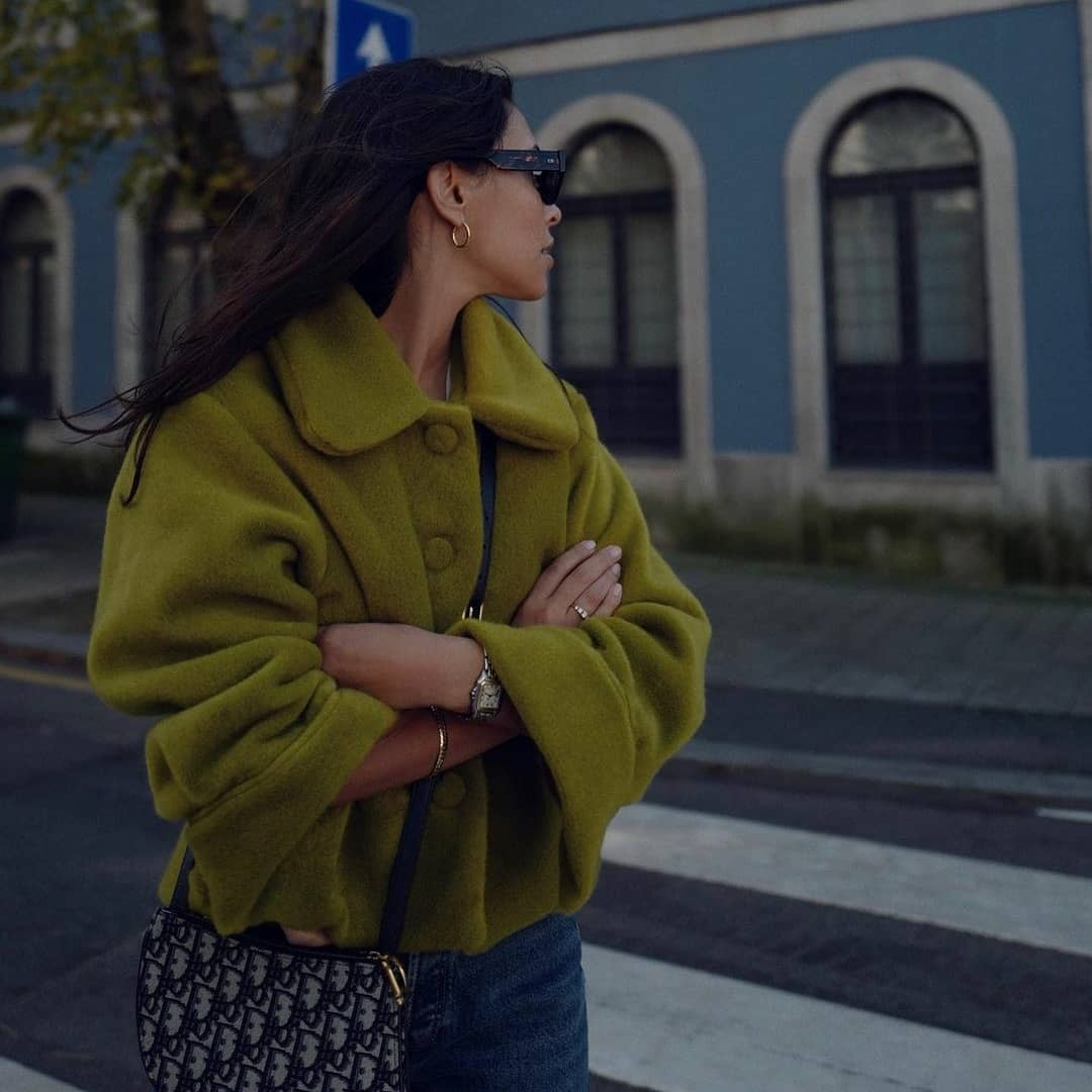 Surprise | pear green jacket [by Mafalda Patrício]
