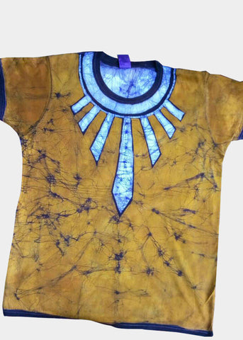 Gold and White Fitted Batik T-shirt with Wakanda Neckwear