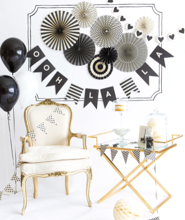 Black and White Letter Banner - Print&Paper