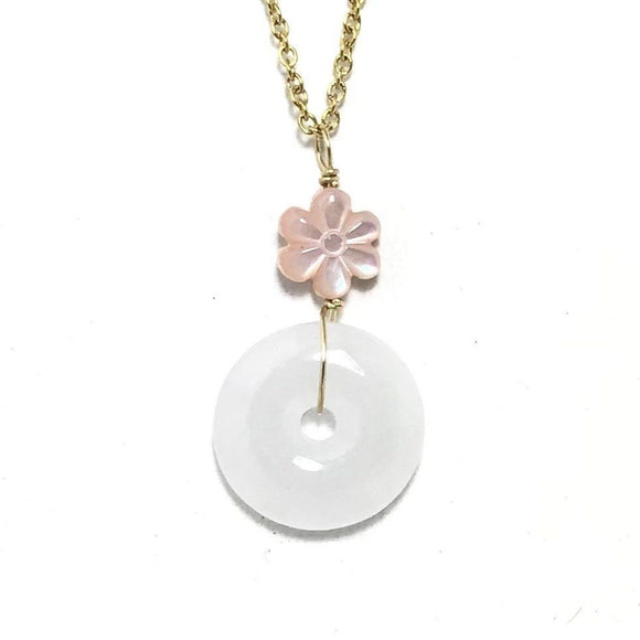 Jade and Flower Necklace Gold