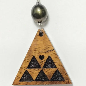 Koa Wood Triangel Mountain Pendant with Dark Pearl Necklace