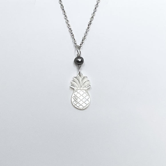 Pineapple White MOP Shell with Pearl silver Necklace