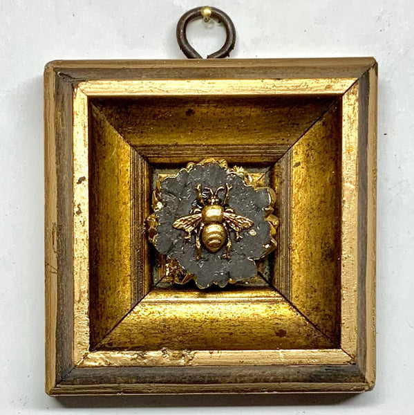 Gilt Frame with Grande Bee on Quartz