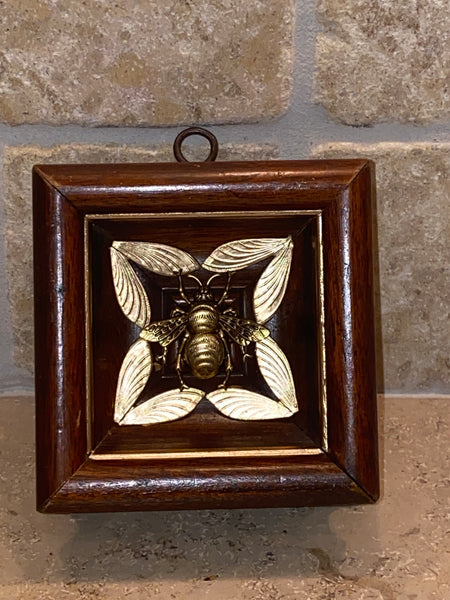 Square with Decorative Insert and Grande Bee