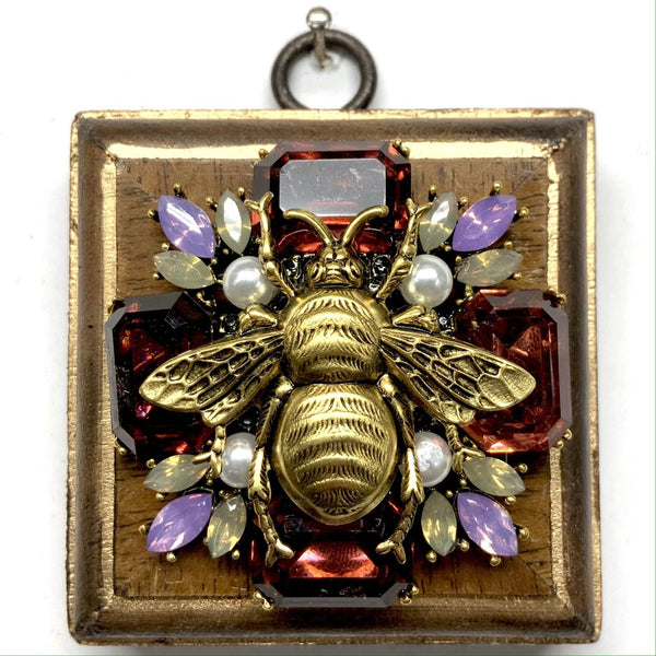 BURLED FRAME WITH GRANDE BEE ON BROOCH