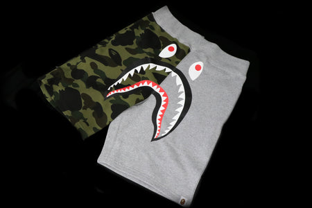 A BATHING APE SHORTS