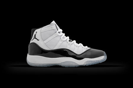 AIR JORDAN 11 RETRO GS (WORN)