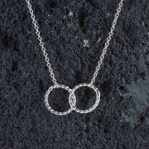 double rope circle pendant