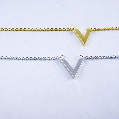 tiny gable bracelet