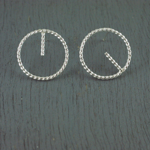 1/2 line rope circle studs, silver