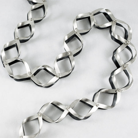 2-tone Ribbon necklace