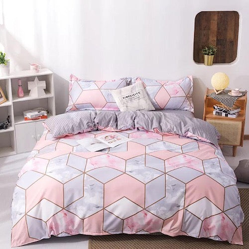 Queen/Double size bedding set of 6 pieces, geometric design. - BusDeals Today