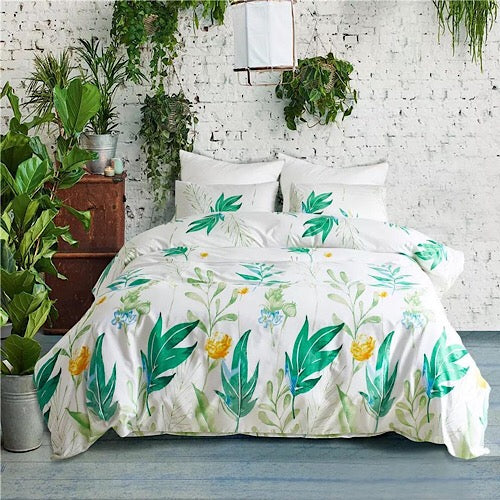 Queen/Double size bedding set of 6 pieces, Green leaves design.