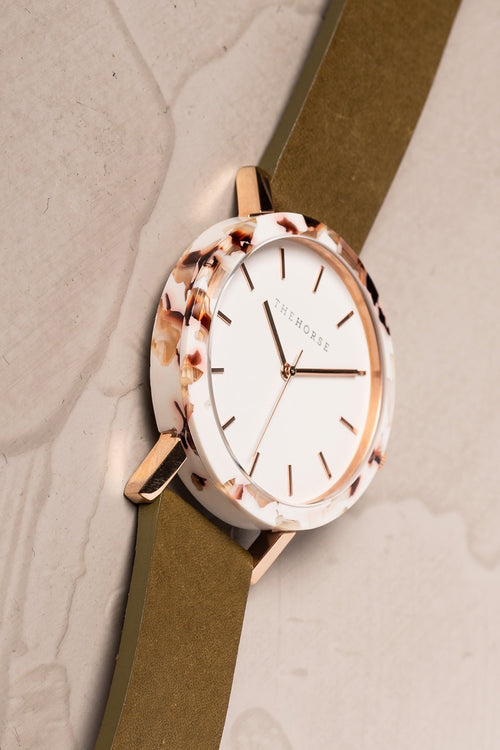 NOUGAT SHELL - WHITE DIAL - ROSE GOLD INDEXING - OLIVE LEATHER