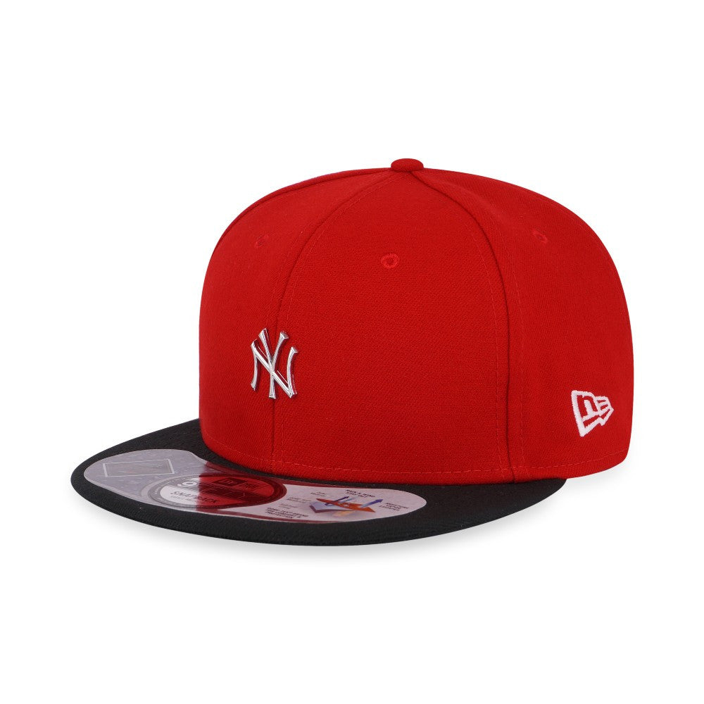 MLB Mini Logo New York Yankees New Era GORE-TEX 9Fifty Snapback Cap – urban  TEE 78f37b5dd9ad