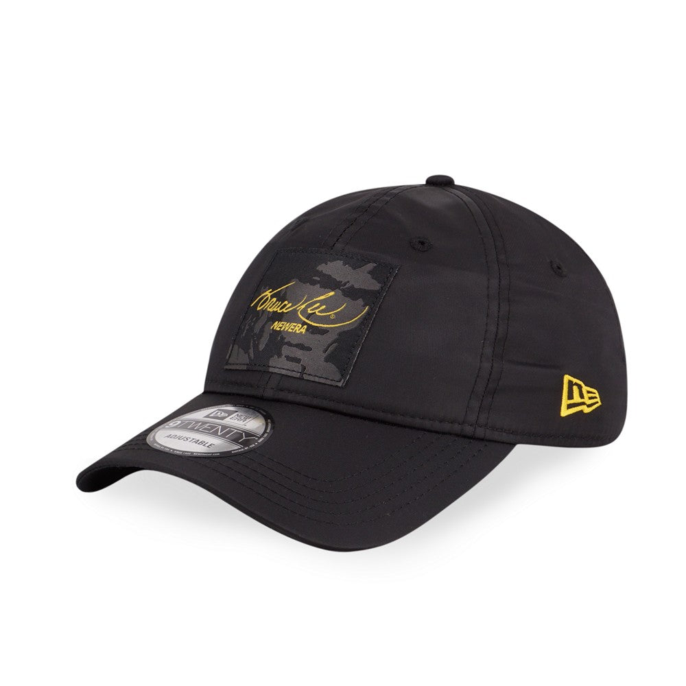 BRUCE LEE Script Label Black New Era 9Twenty Strapback Cap