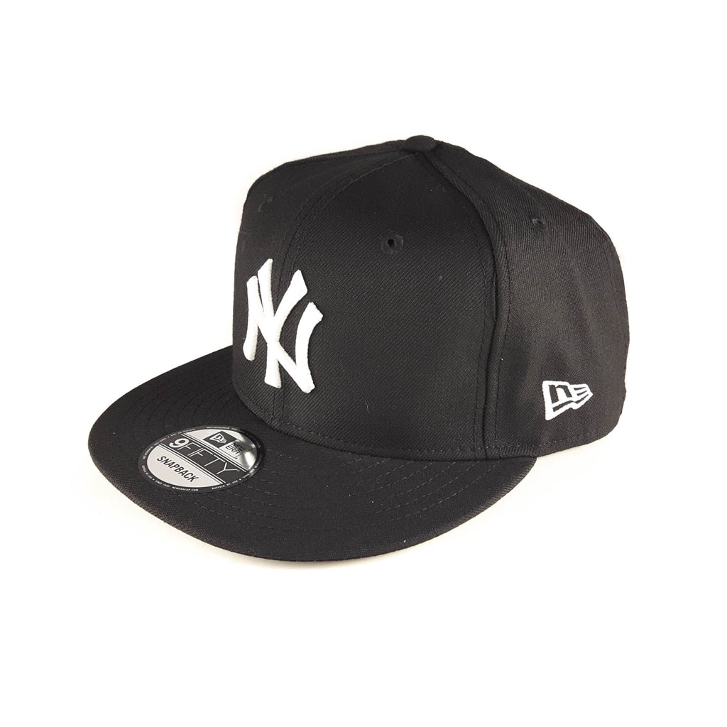 New York Yankees MLB Black & White 9Fifty Snapback Cap