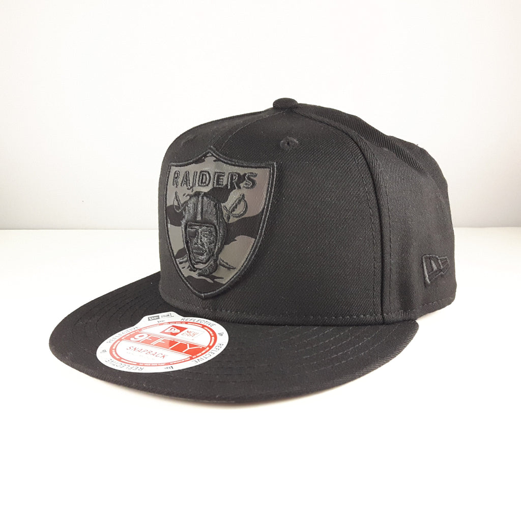 1a79fe2997b Reflective Tiger NFL Oakland Raiders New Era 9Fifty Snapback Cap – urban TEE