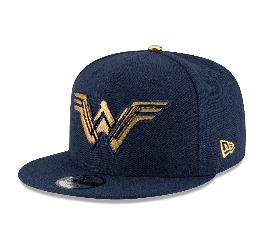 DC Comics Wonder Woman Foiled Print Logo New Era 9Fifty Snapback Cap