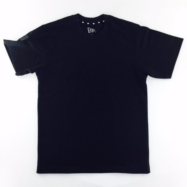 MLB New York Yankees Black on Black New Era T-Shirt