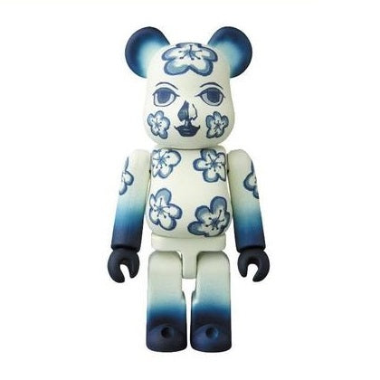 BEARBRICK Series 36 - ARTIST (The Flower Fleur)