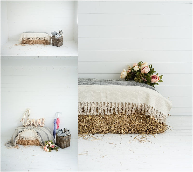 Hay-bale-blankets-wedding