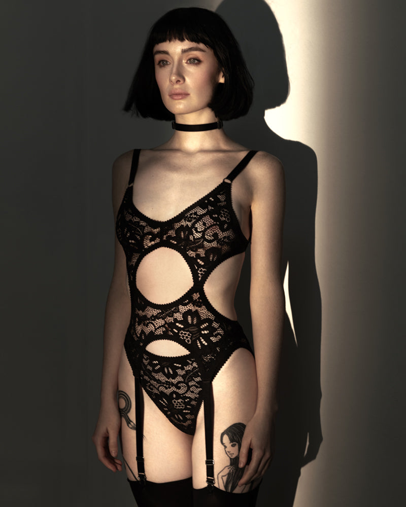 Ghost Story | Hopeless Lingerie Halloween 2019