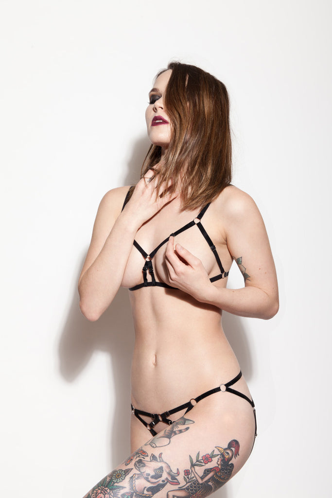 Cupless Bra & Crotchless Panties | Jennifer by Hopeless Lingerie