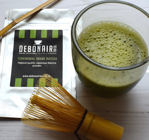 Prepared Matcha with product pouch and accessories