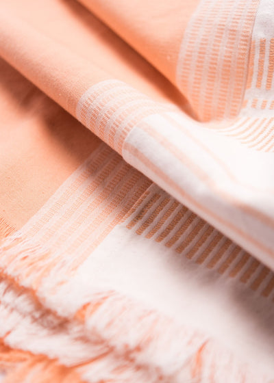 Neela Throw - Peach