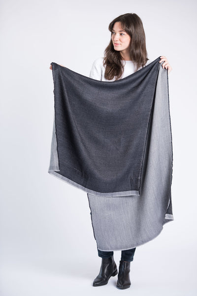 Eden Reversible Scarf - Black