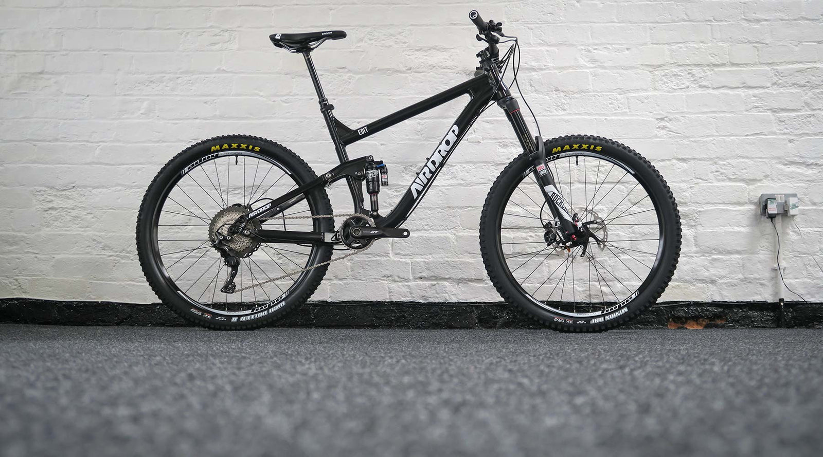 Dave's Bike - Airdrop Edit v2 with Shimano XT Drivetrain