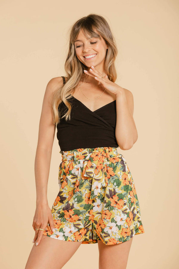Short floral pants - Yellow WOMANCE
