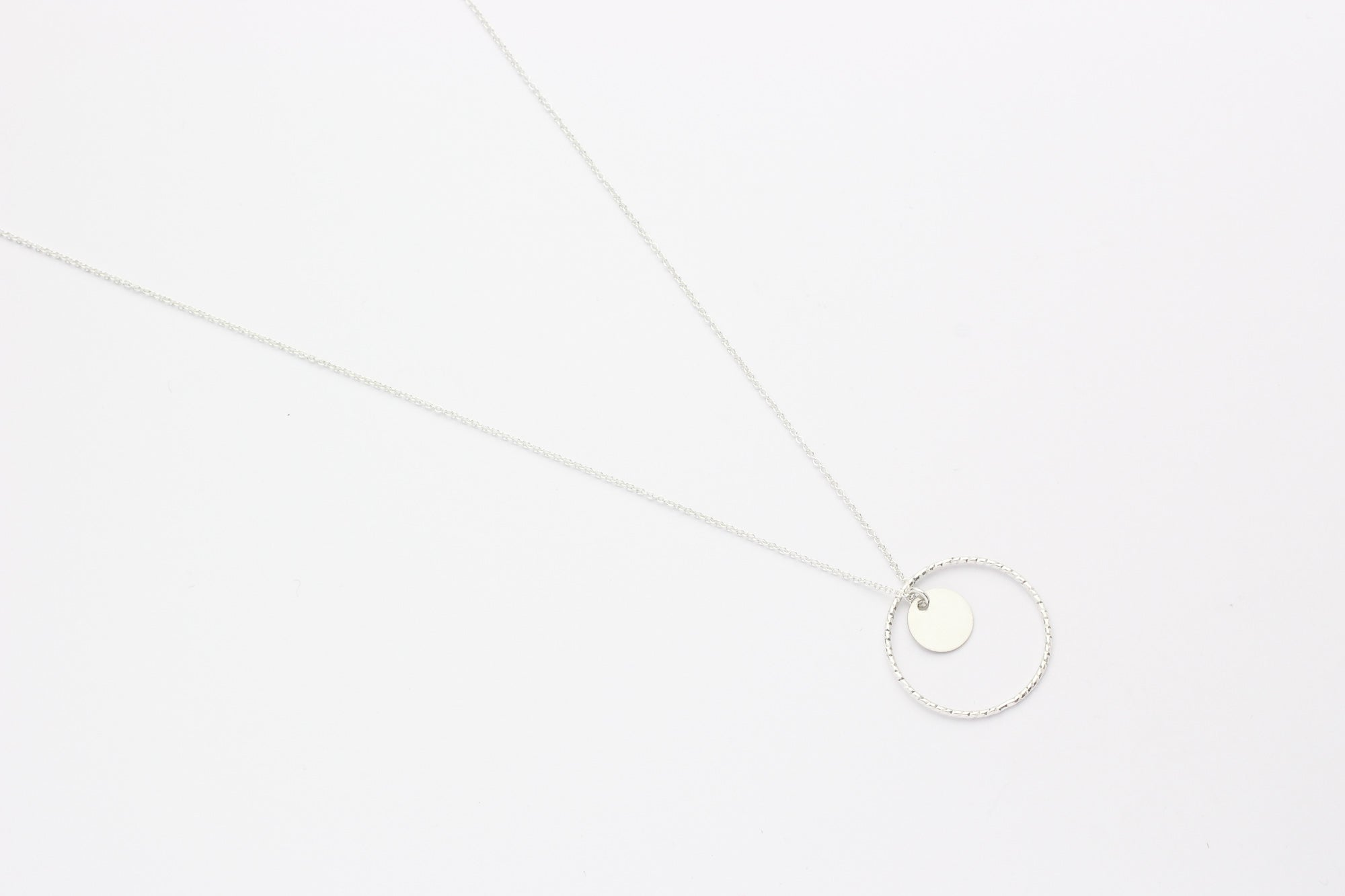 "Kette ""Small Disc Circled"" silber"