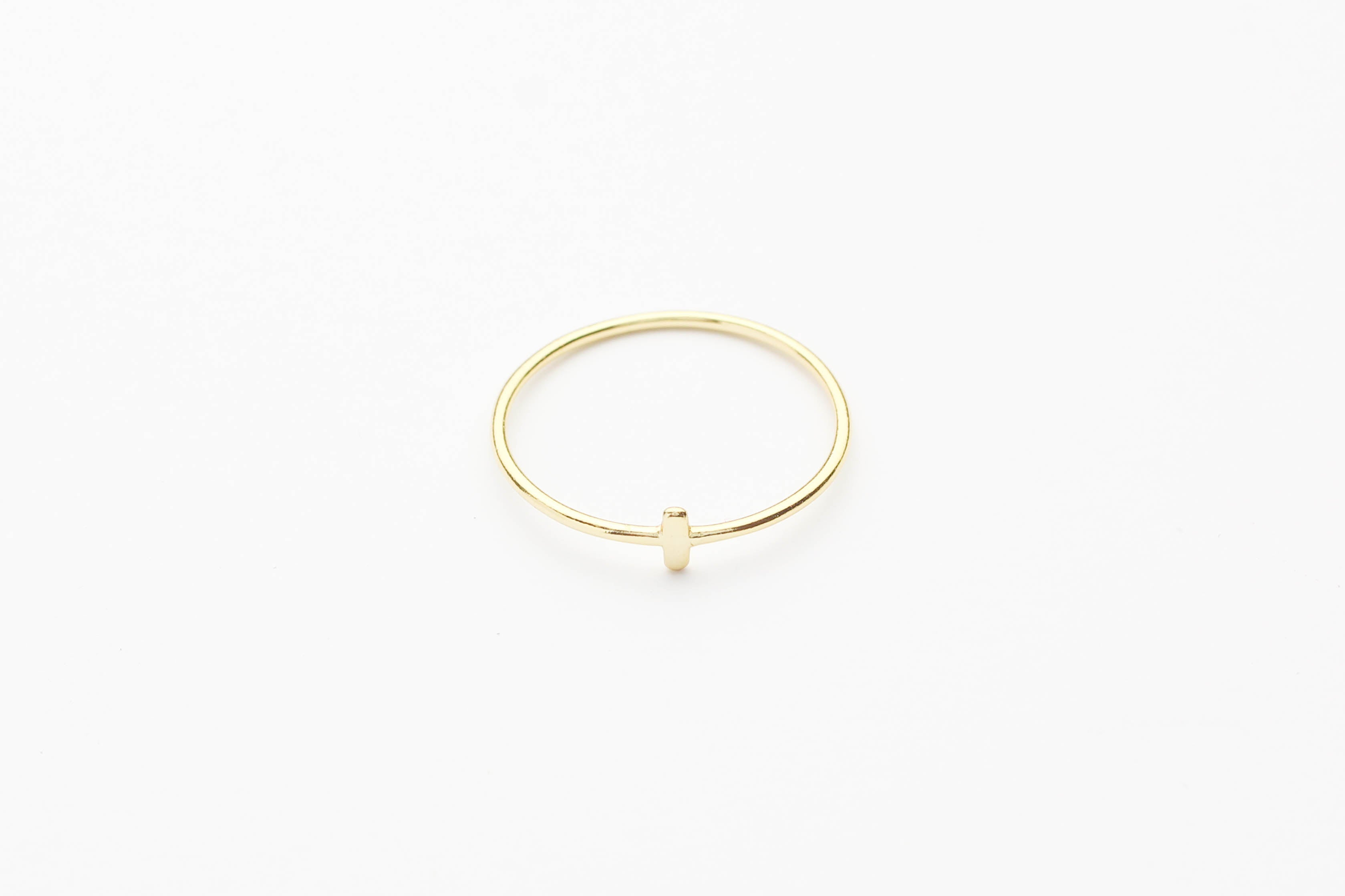 "Ring ""Crossed Bar"" gold"