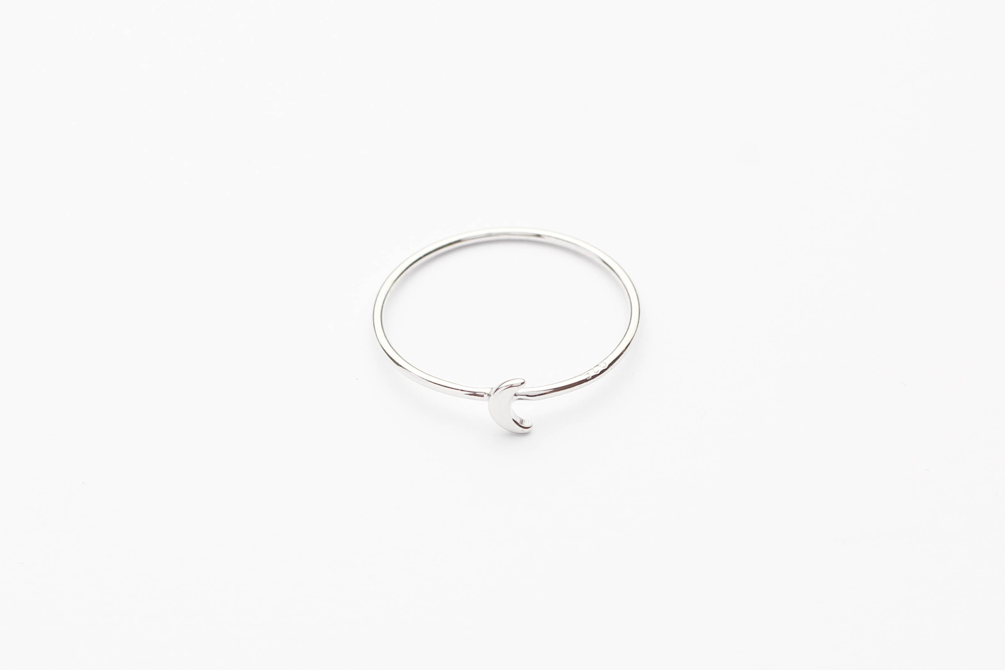 "Ring ""Tiny Moon"" silber"
