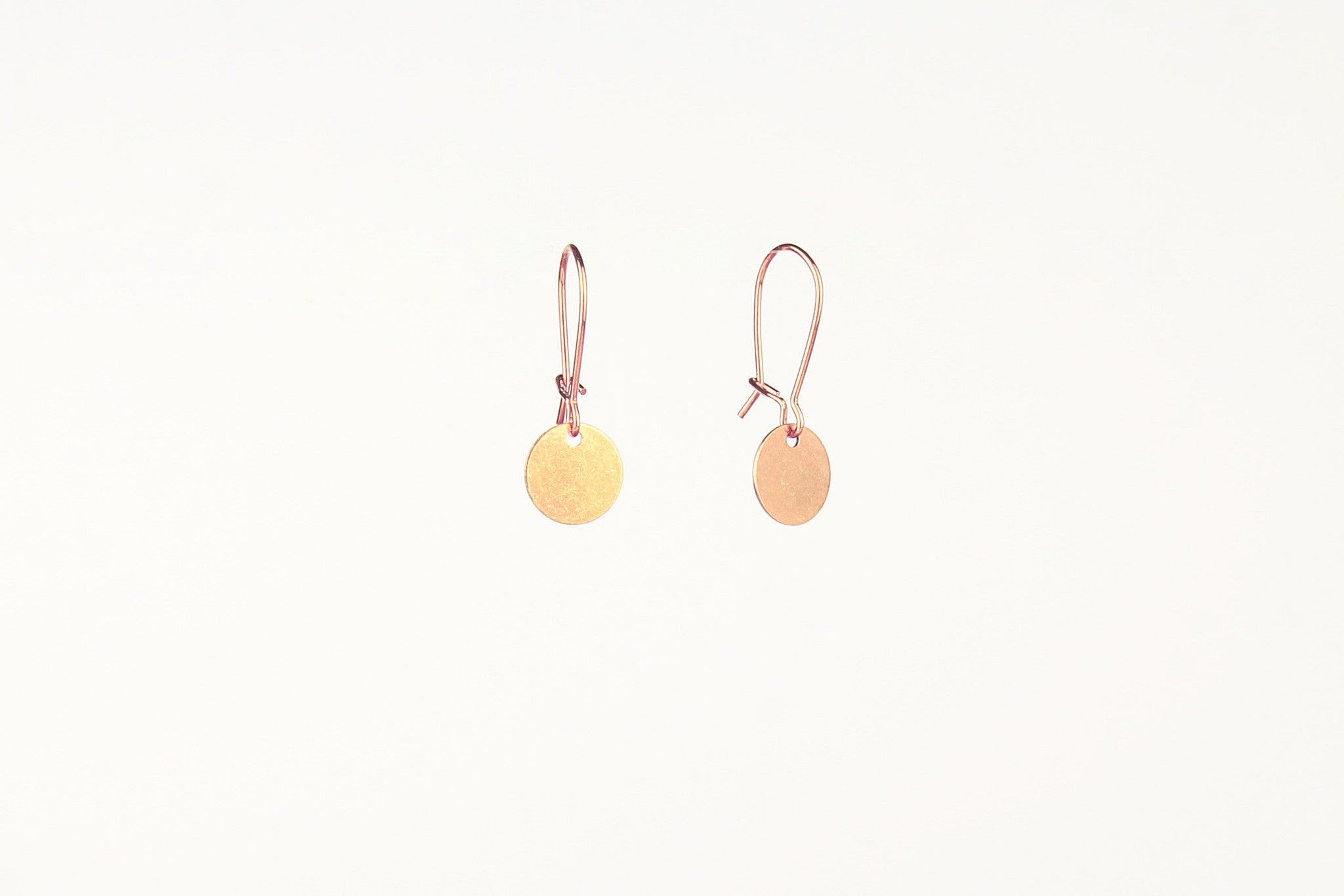 jewelberry ohrringe earrings small disc rose gold plated sterling silver fine jewelry handmade with love fairtrade