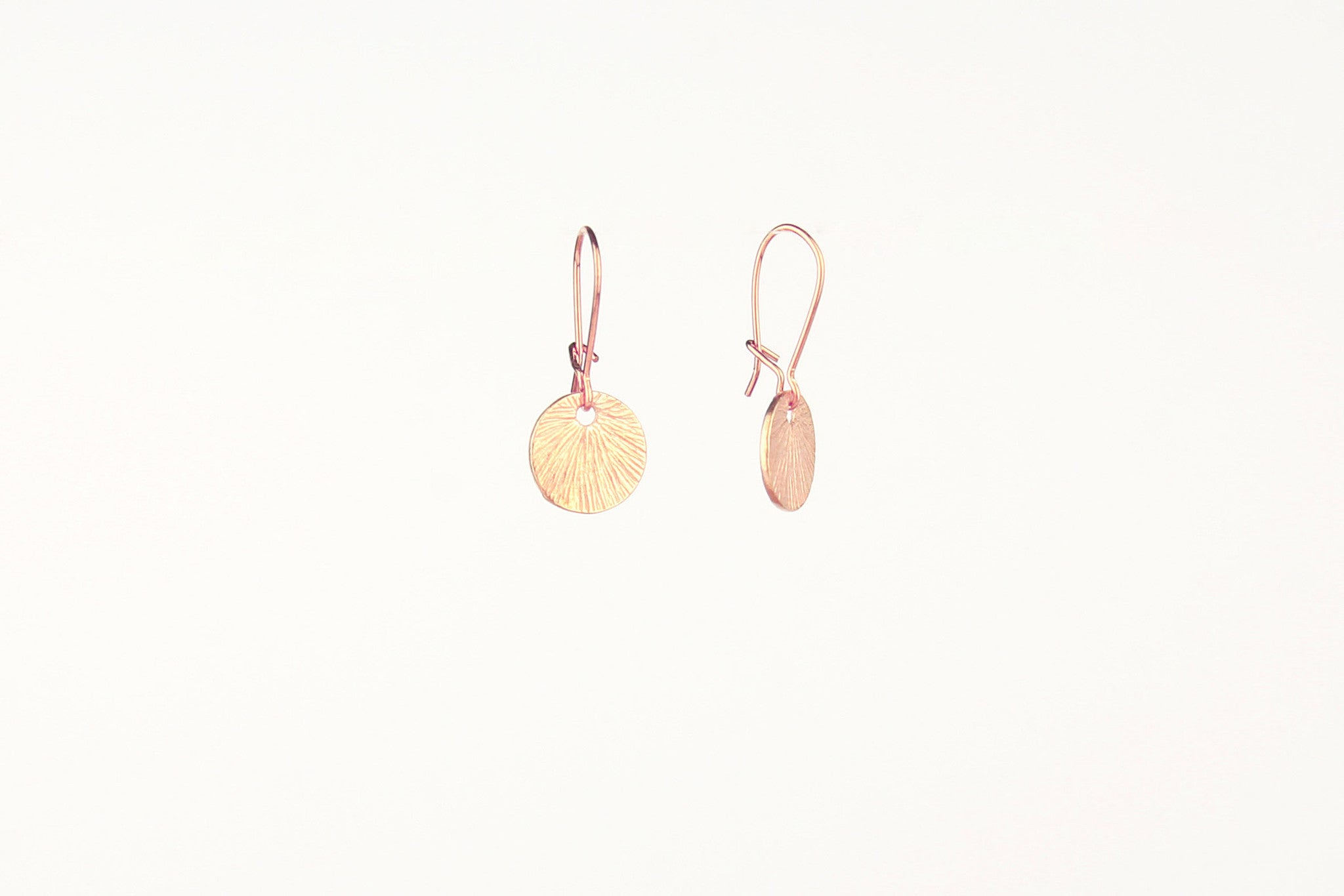 jewelberry ohrringe earrings small shell rose gold plated sterling silver fine jewelry handmade with love fairtrade