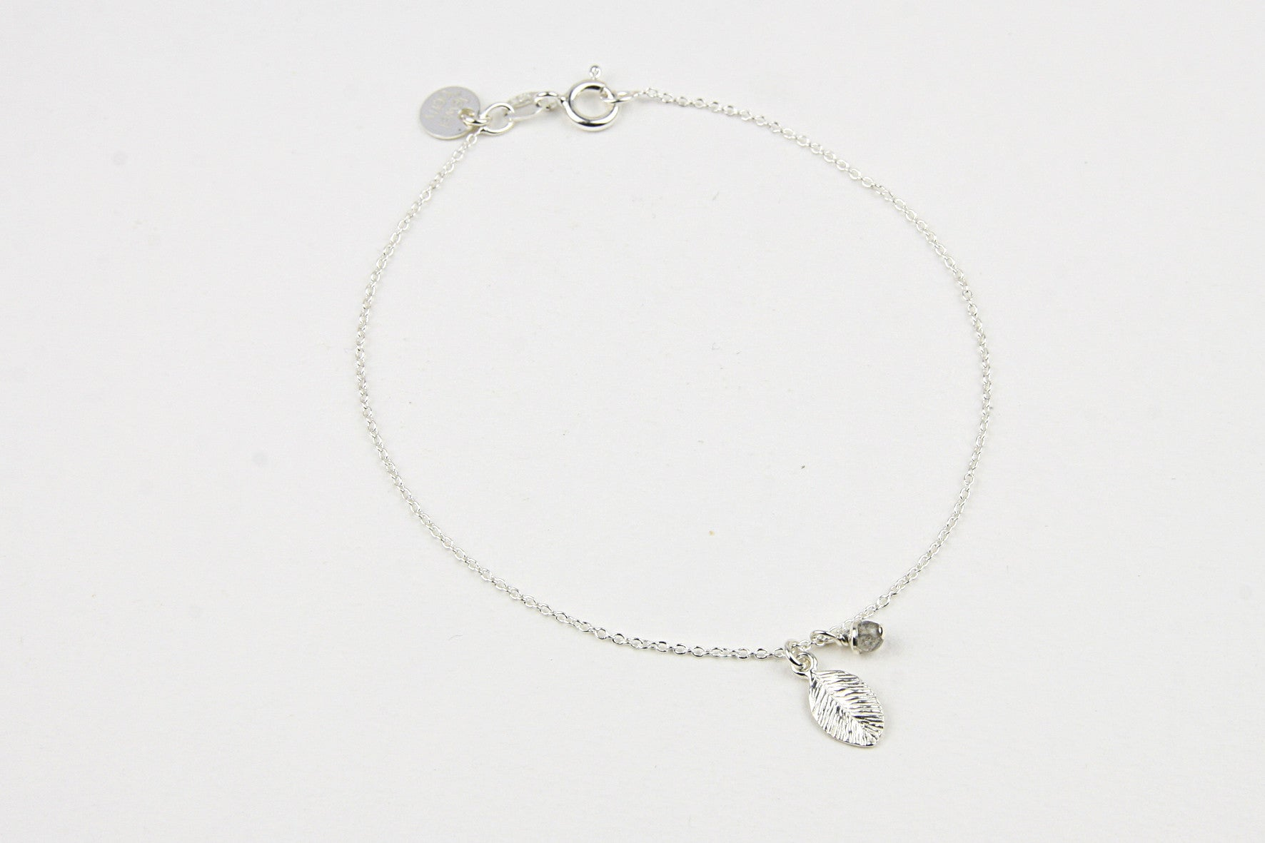 ....Armband TINY LEAF 925 Silber...Bracelet TINY LEAF 925 Sterling Silver....