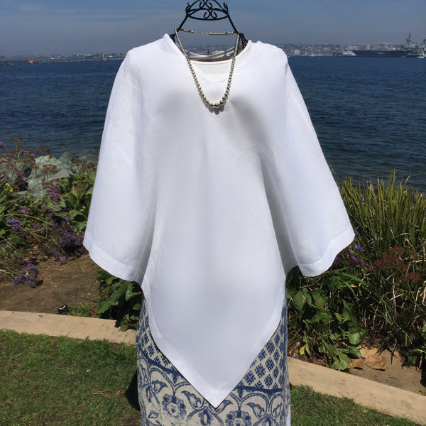 Poncho in White Linen