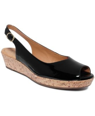 Clarks Artisan Women's Orlena Currant Platform Wedge Sandals