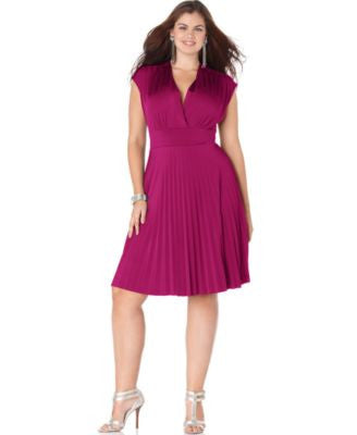Soprano Trendy Plus Size Cap-Sleeve Pleated Empire Dress