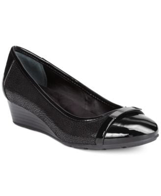 Giani Bernini Ambir Wedges, Only at Vogily