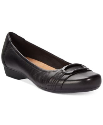 Clarks Collection Women's Blanche Rosa Flats