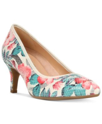 Naturalizer Oath Pumps