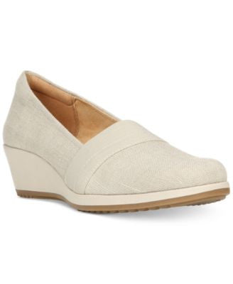 Naturalizer Bette Flats