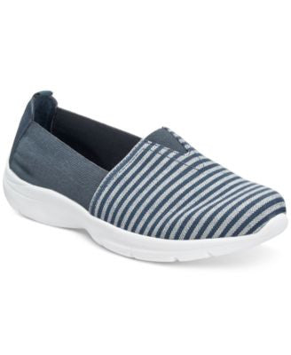 Easy Spirit Quirky Sneakers
