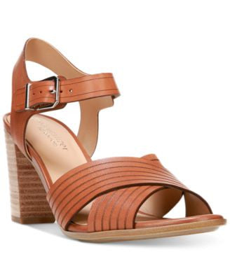 Naturalizer Delanie Pumps