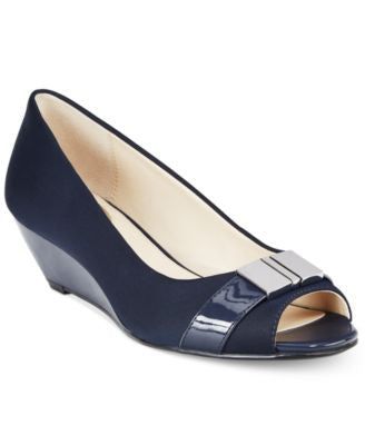 Alfani Women's Step 'N Flex Chorde Wedge Pumps, Only at Vogily