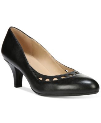 Naturalizer Dagley Pumps